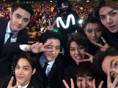 "[OFFICIAL] 141210 Mnet MPD Twitter Update   ""2014 MAMA Taking the first selca…"