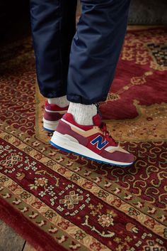 Pumped Up Kicks, New Balance Sneakers, Best Sneakers, Persian Rug, Shoe Game, Street Wear, Product Launch, Mens Fashion, Man Style