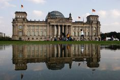 Is the CDU, SPD, FDP and CSU just alphabet soup to you? SPIEGEL ONLINE has put together a quick overview of Germany's political parties to help you navigate our coverage from Berlin.