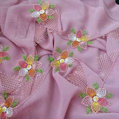 The world's catalog of creative ideas Crochet Borders, Needle Lace, Needlework, Diy And Crafts, Elsa, Origami, Knitting, Creative, Jewelry