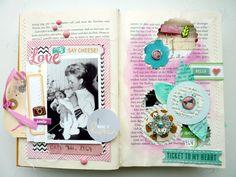 Happy little moments (Altered Book/Cover und erste Seiten)