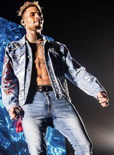 Chris Brown Outfits, Chris Brown Style, Breezy Chris Brown, Chirs Brown, Chris Brown Pictures, Trinidad James, Mrs Carter, Fine Men, Pretty Boys