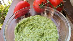 pesto facut in casa Pesto, Baby Led Weaning, Mozzarella, Guacamole, Food And Drink, Mexican, Vegetarian, Cooking, Ethnic Recipes