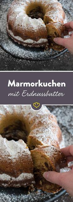 Du bist nicht du, wenn du hungrig bist. Schnapp dir 'n Sn….ääääh Stück von diesem Kuchentraum aus Schokolade und Erdnuss. Herrlich saftig und wunderbar nussig!