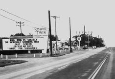 The South Twin Drive-In was one of the big drive-ins that were built in 1954 by Wehrenberg Theatres. The South Twin Drive-In opened November Twin Drive In, King Kong Vs Godzilla, Drive In Movie Theater, Over The Bridge, St Louis Mo, Old Signs, Detroit Michigan, Down South, Old Movies