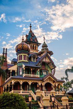 Mystic Manor at Hong Kong Disney!