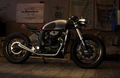 Honda GL500 Cafe Racer by Mokka Cycles