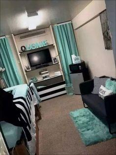 Efficient Dorm Room Organization Decor - Home Design Dorm Room Styles, Dorm Room Designs, Bedroom Designs, Living Room Decor, Bedroom Decor, Bedroom Ideas, Master Bedroom, Girls Bedroom, Teal Teen Bedrooms