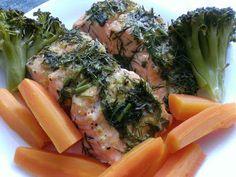 Pstrąg łososiowy z parowaru Meat, Chicken, Food, Meals, Yemek, Buffalo Chicken, Eten, Rooster