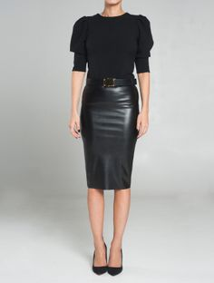 FUSTA DIN PIELE ECOLOGICA Classic Leather, Black Leather, Pencil Skirts, Dress Codes, Dress Skirt, Leather Skirt, Tights, Street Style, Chic