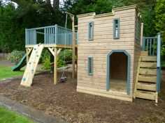 Tell us what you think about this Castle playhouse with a platform!!