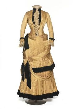 1884-86 Dress, silk surah & velvet | Documentation Center Museum - Les Arts Décoratifs