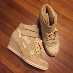 Nude / lace Wedge sneakers Work once for photos Shoes Sneakers