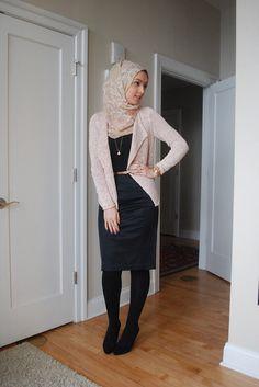 Black leggings, black tubeless with peach blazer hijab muslimah