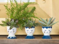 Turn egg cups into mini face planters that are perfect for holiday group gifts. Get the step-by-step instructions on HGTV.com.