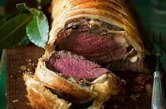 Gordon Ramsay's beef Wellington recipe looks so impressive but takes just 20 minutes to prepare, made with beef fillet, mushrooms and readymade pastry. Gordon Ramsay says: 'This is an impressive dish and one that's easier than it looks. This beef Wellington makes a great alternative to a Sunday roast, or try it out for a romantic meal.' The whole family are going to love tucking into this pastry parcel filled with tender beef, mushrooms and mustard. It looks so impressive, but it's simple…
