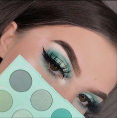 The Dreamiest Pastel Makeup Looks to Energize Your Spring Style Hazel Eye Makeup, Makeup Eye Looks, Beautiful Eye Makeup, Eye Makeup Art, Kiss Makeup, Smokey Eye Makeup, Makeup Geek, Makeup Inspo, Eyeshadow Makeup