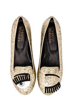Chiara Ferragni Wink Flat in Gold
