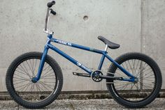 Kevin Kalkoff Bike Check - Shadow Conspiracy & Subrosa  VIEW: http://bmxunion.com/daily/kevin-kalkoff-bmx-bike-check-shadow-conspiracy/  #BMX #bike #bicycle #bikecheck #style #blue