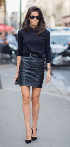 #New on #STYLEDUMONDE http://www.styledumonde.com/ with @barbaramartelo #BarbaraMartelo at #paris #fashionweek #pfw #ss15 #saintlaurent #allblack #outfit #ootd #streetstyle #streetfashion #streetchic #snobshots #streetlook #fashion #mode #style
