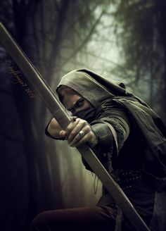 The Assassin by female thief rogue archer ranger bow arrow point blank shot Fantasy Inspiration, Story Inspiration, Writing Inspiration, Character Inspiration, Fantasy Characters, Female Characters, Tattoo Indien, Fantasy World, Fantasy Art