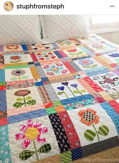 Pretty Scrappy christmas quilts ideas 30. Have More Christmas Quilts Free Patterns on my Blog. #quilts #patterns #christmasquilt