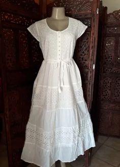 ed5ed20d0 138 melhores imagens de vestidos e saias de laise lese branco renda ...