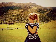 O amor é sua maior arma para a beleza. Por isso, compartilhe seu amor hoje!