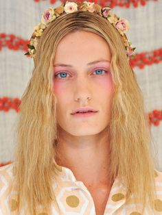 Spring 2013 Bright Eye Shadow Makeup Trend - New York Fashion Week Spring 2013 Makeup Trends - Real Beauty