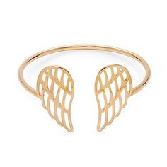 Gold-plated Wings openwork bracelet will look absolutely stunning with the rest of Les Ailes collection! If you look for your New Year's Eve inspirations, check out Wings collection. #lilou #bracelet #lesailes #wings #new #years #eve #inspirations