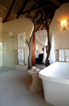 Leopard Hills South Africa: LUXURY SAFARI IN A PRIVATE GAME RESERVE NEAR KRUGER NATIONAL PARK