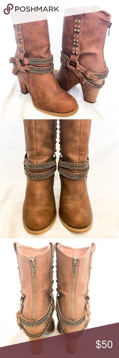 cdf3255e37f833 Tall Bling Western Booties Gently used bling booties from Buckle store.  Smoke and pet free