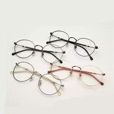R  75.04  2018 Luz Óptica Óculos de Armação De Metal Mulheres Homens Moda  Miopia Óculos Frames Oculos de grau Femininos Do Vintage Óculos YJ784 em  Armações ... b2cccd890e