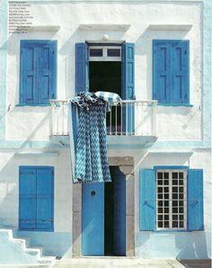 Tudo azul em Santorini, Grécia. Fotografia: chictravelideas.
