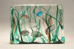 Cenedese Murano glass aquarium fish block with five fish and one jellyfish. Massive aquarium block.