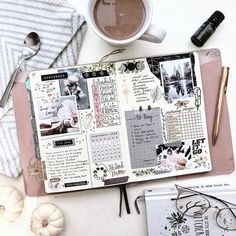 Who is ready for fall coziness! Remember to savor the little moments. Turn ordain activities into precious magic moments. Bullet Journal Planner, Bullet Journal Notebook, Bullet Journal Spread, Bullet Journal Ideas Pages, Bullet Journal Inspiration, Scrapbook Journal, Journal Layout, Bullet Journal Citations, Bellet Journal