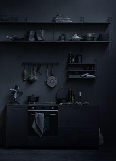 Modern kitchen interior design inspiration bycocoon.com | black | stainless steel kitchen taps | kitchen design | project design & renovations | RVS keukenkranen | Dutch Designer Brand COCOON