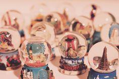 i LOVE snow globes.