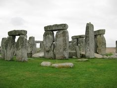 Shrouded in Mystery. Ancient Ruins, Ancient Artifacts, Salisbury England, National Treasure, Stonehenge, Archaeology, Places To Travel, Places Ive Been, Mount Rushmore