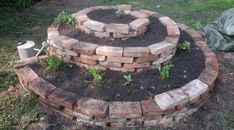 Bylinková spirála z cihel | Kolem domečku Stone, Outdoor Decor, Gardening, Home Decor, Google, Brick Patios, Homemade Home Decor, Garten, Lawn And Garden