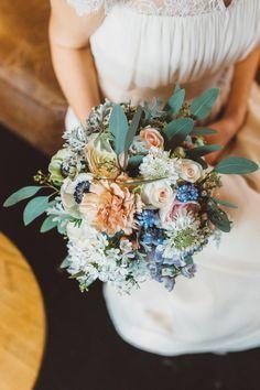 Industrie Chic Hochzeit im alten Schwimmbad | Hochzeitsblog - The Little Wedding Corner