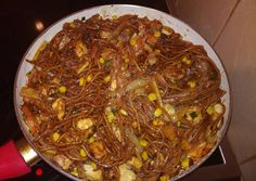 Wok, Japchae, Chili, Food And Drink, Lunch, Ethnic Recipes, Cilantro, Chile, Eat Lunch