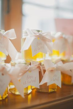 Honey Wedding Favors | photography by http://www.elizabethinlove.com/