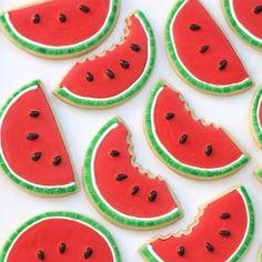 Watermelon Cookies Pinned By:#TheCookieCutterCompany www.cookiecuttercompany.com #watermelon #summer #cookie