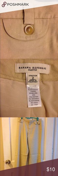 Banana republic Martin fit linen pants Size 2 regular Martin fit banana republic tan beige linen pants. In great condition!! Banana Republic Pants Trousers