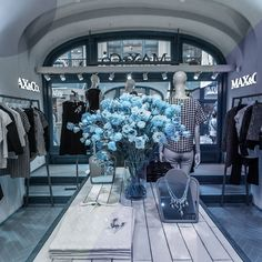 Max Mara is the first brand produced entirely in Russia by @tecnoshops