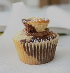 Chocolate and Caramel Cupcakes – especially good with the secret centre | marmaladeandme.com