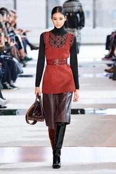 Longchamp Fall 2020 Ready-to-Wear Fashion Show - Vogue Fashion Week, Fashion 2020, New York Fashion, Runway Fashion, Winter Fashion, Luxury Fashion, Womens Fashion, Longchamp, Stil Inspiration