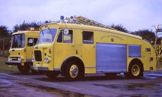 Colour trials to find which were best under various street lights Old Trucks, Fire Trucks, Pickup Trucks, Street Lights, Fire Apparatus, Emergency Vehicles, Commercial Vehicle, Firefighting, Fire Engine
