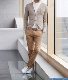 men/looks/crew-neck-t-shirt-cardigan-belt-chinos-low-top-sneakers/ White Crew-neck T-shirt — Grey Cardigan — Grey Leather Belt — Khaki Chinos — White Low Top Sneakers Mens Fashion Blog, Fashion Mode, Look Fashion, Fashion Menswear, Simply Fashion, Workwear Fashion, Fashion Blogs, Fashion Outfits, Mode Outfits